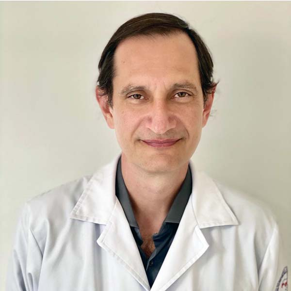 Dr. Saulo André Stabile